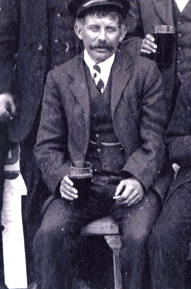 Ruth H003 - Grandad Payne 1918